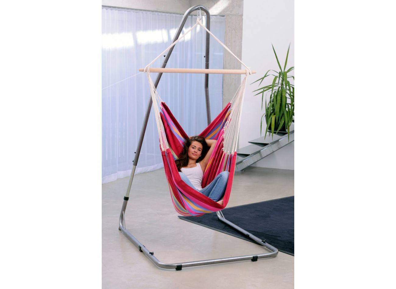 Hanging Chair Stand Luna
